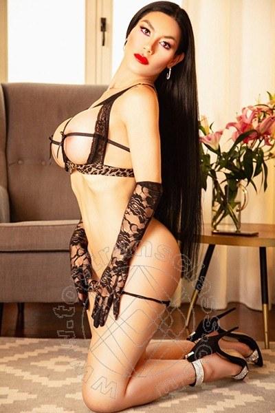 Kim Tifany  OLBIA 3803838161